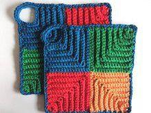 "Free crochet pattern: ""Retro Potholder Variation"", oven cloth"