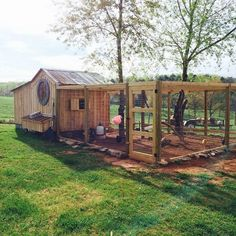 Awesome 75 Creative and Low-Budget DIY Chicken Coop Ideas for Your Backyard deco. - Awesome 75 Creative and Low-Budget DIY Chicken Coop Ideas for Your Backyard deco… – - Backyard Chicken Coop Plans, Portable Chicken Coop, Building A Chicken Coop, Chickens Backyard, Backyard Ideas, Chicken Coop With Run, Simple Chicken Coop, Large Chicken Coop Plans, Fancy Chicken Coop