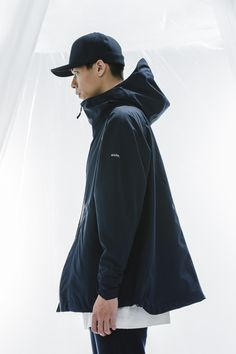 1T03_Limitless Tee/1H01_WMA Waterproof Anorak/1P04_ Track Pants/1A01_Waterproof Baseball Cap