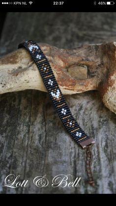 Seed Bead Bracelets Diy, Seed Bead Jewelry, Bead Jewellery, Beaded Bracelets, Loom Bracelet Patterns, Bead Loom Patterns, Beaded Jewelry Patterns, Beading Patterns Free, Tear