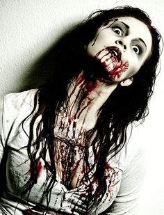 Check Out 17 Amazing Bloody Halloween Makeup Ideas. Here we come with some of the best examples for Bloody Halloween makeup. Bloody Halloween, Halloween Zombie, Halloween Stuff, Gory Halloween Makeup, Asylum Halloween, Halloween Magic, Halloween Inspo, Halloween Eyes, Halloween Fashion