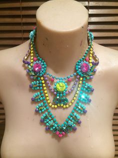 Wow! This little gem makes a gigantic impact! Absolutely bursting with colour, she will please crowds and have on-lookers drawling in envy!] #statementnecklace #bibnecklace
