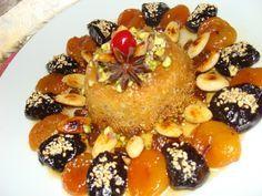 tajine soltane ( tajine du sultan ) - artculinaireetcitationsberberes Sweet Recipes, Cake Recipes, Dessert Recipes, Plats Ramadan, Pie Tops, Food Decoration, Arabic Food, Food Presentation, Kids Meals