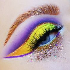 Purple, yellow, sparkles, and brows on fleek! Our feature makeup artist @doyouevenblend shows us what she is made of with this piece