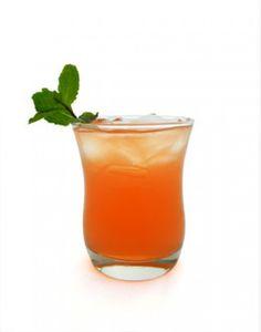 1 1/2 oz Tito's Handmade Vodka 1/2 oz St Germain Elderflower Liqueur 1 1/2 oz grapefruit juice Top with club soda
