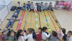 QUÉ HACEMOS HOY EN EL COLE?: LA LÍNIA VERTICAL A P3 Writing Activities, Preschool Activities, Montessori, Line Study, Cycle 1, Lego, Preschool Kindergarten, Numeracy, Eyfs