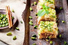 Baklava Tzatziki, Greek Recipes, New Recipes, Greek Dolmades, Steamed Mussels, Biscuit Sandwich, Shortbread Biscuits, Greek Salad, Avocado Toast