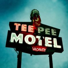 tee pee Old Neon Signs, Vintage Neon Signs, Old Signs, Advertising Signs, Vintage Advertisements, Vintage Ads, Cinema Sign, Neon Words, Marquee Sign
