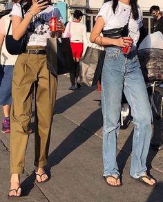 스트릿패션 1550 : 네이버 블로그 in 2020 Look Fashion, 90s Fashion, Korean Fashion, Girl Fashion, Fashion Outfits, Womens Fashion, Daily Fashion, Fashion Beauty, Casual Chic