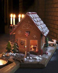 Leuk om zelf te maken en ook nog eens erg lekker! Christmas Baking, Christmas Time, Christmas Crafts, Xmas, Holiday, Gingerbread Village, Christmas Gingerbread House, Christmas Cookies, Country Christmas