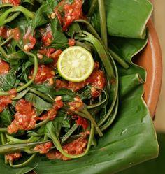Resep Plecing Kangkung Lombok dan cara membuat | BacaResepDulu.com