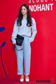 Korean Street Fashion, Asian Fashion, Girl Fashion, Fashion Outfits, Womens Fashion, Streetwear Mode, Streetwear Fashion, Paris Mode, Autumn Street Style