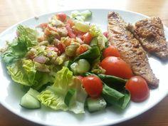 #paleo #salad #piripirimackerel #guacamolesalsa