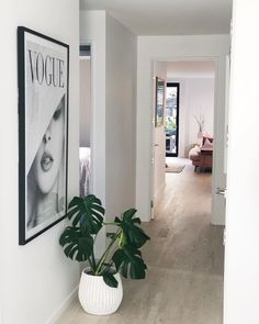 What's a favourite angle in your home ? Angles, Oversized Mirror, Simple, Modern, Furniture, Instagram, Design, Home Decor, Trendy Tree