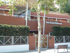 La primera Casa Ronald de España se inauguró en Barcelona en 2002.