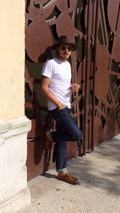 Great look birkenstock jeans hat shirt tumblr Style men fashion sunglasses