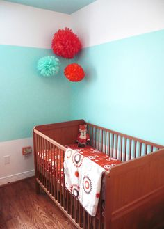 so simple, but so striking! Perfect for my Dr. Seuss theme nursery!!!