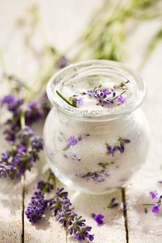 Lavender sugar for iced tea http://www.pinterest.com/teasun67/smirnoff-2014-guiltless-pleasures/