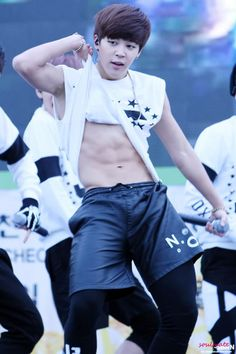 ♥Jimin's body is just a bonus to the great guy he already is.