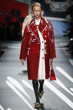 Prada Spring 2018 Ready-to-Wear  Fashion Show Collection