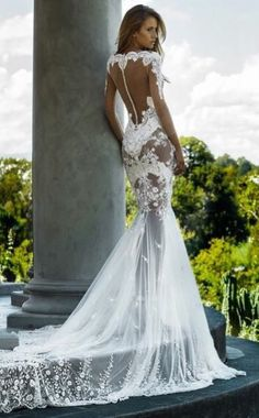 Nektaria wedding dress back