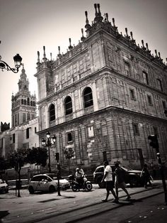 Sevilla, by @genovacafebar