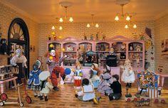 Die Spielwaren Abteilung im größten Miniatur Kaufhaus der Welt.