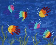 handabdruck-bilder-kinder-fische-sommer-regenbogen-farben