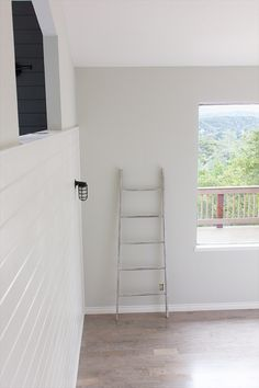 New Living Room paint Valspar's Montpelier Madison White