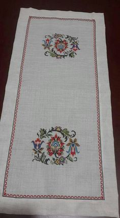 This Pin was discovered by Sen Stitch 2, Cross Stitch, Embroidery Patterns Free, Bargello, Needlework, Diy And Crafts, Rugs, Cross Stitch Embroidery, Hardanger