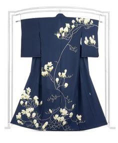 Japanese Costume, Japanese Kimono, Traditional Kimono, Traditional Outfits, Kimono Design, Kimono Fabric, Japanese Outfits, Yukata, Japan Fashion