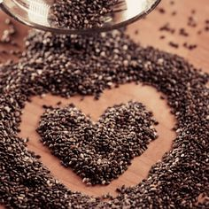 """Rich in protein, minerals and fiber, CHIA SEEDS also contain 500% more calcium than milk and the same amount of omega-3s as wild salmon. Thanks to their cancer-fighting and appetite-suppressing properties, it's not difficult to see why chia seeds are the new super seed! #hearthealthy I USE IN MY """"GREEN"""" SMOOTHIES"""