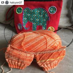 I  the colour of these Solar Vortex socks by @halcyon37 I love seeing my patterns in different yarns and colours!  #Repost @halcyon37 with @repostapp  My next stashbusting project is coming along #iphoneonly #handmade #madebyme #knitting #knittersofinstagram #knittingaddict #knitstagram #knittersgonnaknit #knitterspride #ravelry #socks #socksforeveryone #opalyarn