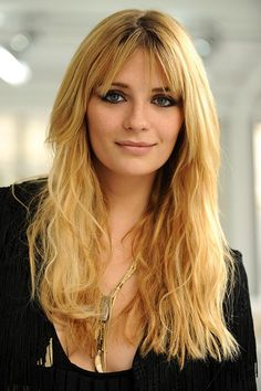 The OC girl, Mischa Barton rocks hippie-chic to perfection with her lengthy, wavy locks and relaxed, wispy bangs...so gorgerous