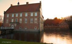 https://flic.kr/p/NAYyXn | Winter auf der Burg Hülshoff 2016 | Weitere Bilder aus dem Münsterland sind auf www.billerbeck.org