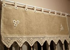 18 more ideas for your SEAMS board,Hi Myri! 18 more ideas for your SEAMS board What period must curtains be? This is where opinions differ because there is no proper length for the curt. Burlap Crafts, Fabric Crafts, Diy And Crafts, Crochet Curtains, Burlap Curtains, Crochet Motif, Crochet Patterns, Rideaux Shabby Chic, Crochet Projects