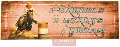 """Placa Decorativa em Madeira 3 Tambores   Placa feita em Madeira rústica com a descrição: """" 3 Tambores, 2 coração e 1 sonho"""". Placa em Madeira se adequa a qualquer ambiente e pode ser utilizada em sua área de lazer, casa, rancho ou fazenda. Use sua imaginação com nossa linha exclusiva de decoração Country Cowboys."""