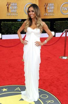 TV personality Giuliana Rancic arrives at the 17th Annual Screen Actors Guild Awards held at The Shrine Auditorium on January 30, 2011 in Los Angeles, California.