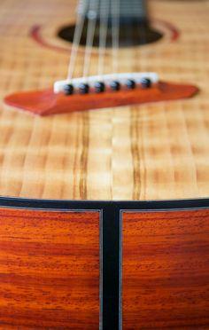 Short multiscale, medium-bodied acoustic in flame redwood and padauk. Butcher Block Cutting Board, Acoustic, Guitars, Bling, Medium, Music, Guitar Building, Muziek, Musik