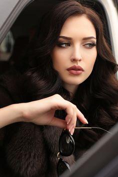 All Beautiful Women Most Beautiful Faces, Beautiful Girl Image, Beautiful Eyes, Gorgeous Women, Girl Face, Woman Face, Makeup Looks, Face Makeup, Belle Silhouette