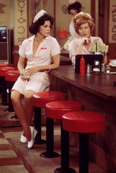 Alice: Alice and Flo at Mel's Diner....this place was always so empty how did these ladies make rent?