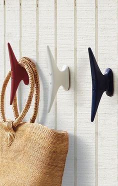 12 ways to incorporate boats into your cottage decor