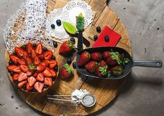 patiseri Strawberry, Fruit, Recipes, Paradise, Food, Pies, Eten, Strawberry Fruit, Recipies