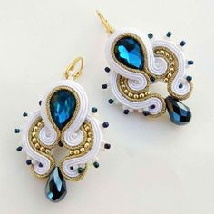 Wedding earrings available on: www.adityadesign.etsy.com ~~~~~~~~~~~~~~~~~~~~~~~~~~~~ #AdityaDesign #handcrafted #soutache #jewellery #jewellerydesign #handmade #jewelry #fashion #soutage #longearrings #dangleearrings #earringlove #fashionconnery #fashionblogger #orecchini #fashiontrend #earrings #earringsoftheday #accessories #stylish #trendy #etsy #etsyfindsoftheday #weddingmagazine #bridal #bridaljewelry #bridalearrings @wedding @weddingadvisor #cерьги