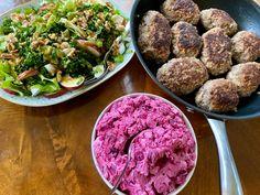 Raudbetsalat og biff a la Lindstrøm | Alt godt Baking, Breakfast, Desserts, Food, Juice, Morning Coffee, Tailgate Desserts, Deserts, Bakken
