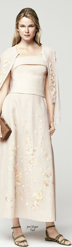 Escada Spring 2016 RTW women fashion outfit clothing style apparel @roressclothes closet ideas