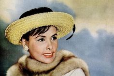 "Lena Horne: Entertainment Extravaganza-Actress/Performer/Queen wears a Hollywood ""Sinamay"" Hat"