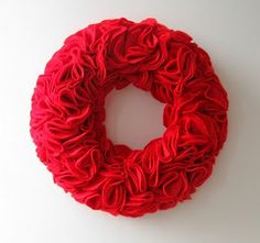 This Old House has a variety of creative wreath ideas to help you DIY this classic holiday decoration. Find your favorite design to make your very own wreath. Felt Wreath, Diy Wreath, Wreath Ideas, Felt Christmas, Christmas Crafts, Christmas Ideas, Styrofoam Crafts, Fabric Flower Pins, Red Felt