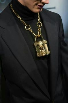 new campaign VERSACE 2014 men gold Medusa padlock pendent chunky chain  necklace 87bb30d7214