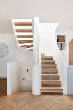 75 Modern staircase ideas: Transform your staircase into something extraordinary | Livingetc New Staircase, Curved Staircase, Modern Staircase, Staircase Design, Staircase Ideas, Staircases, Interior Stairs, Interior Architecture, Compact Stairs